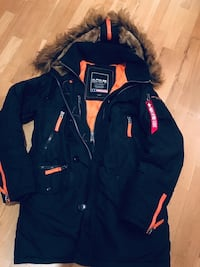 Alpha Industries Parka N3B Black/orange Strl: M Göteborg, 421 60