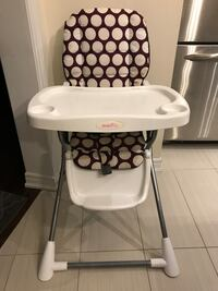 High chair Milton, L9T 0T2