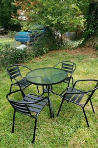 Small outdoor table and chair set Charlotte