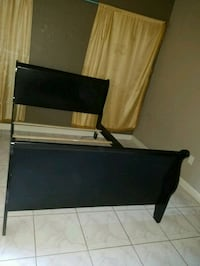 black flat screen TV with remote Fort Myers, 33907