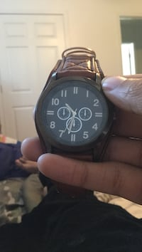 round black chronograph watch with black leather strap Des Moines, 50320
