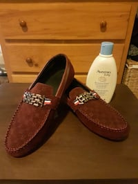 Loefers maroon shoes for men size 8 Vancouver, V5M 4C5