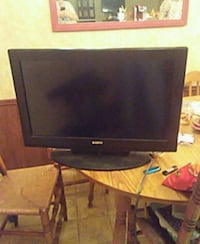 black flat screen computer monitor 479 mi