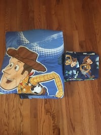 2 Toy Story twin bedding sets and 2 curtains Tullahoma, 37388