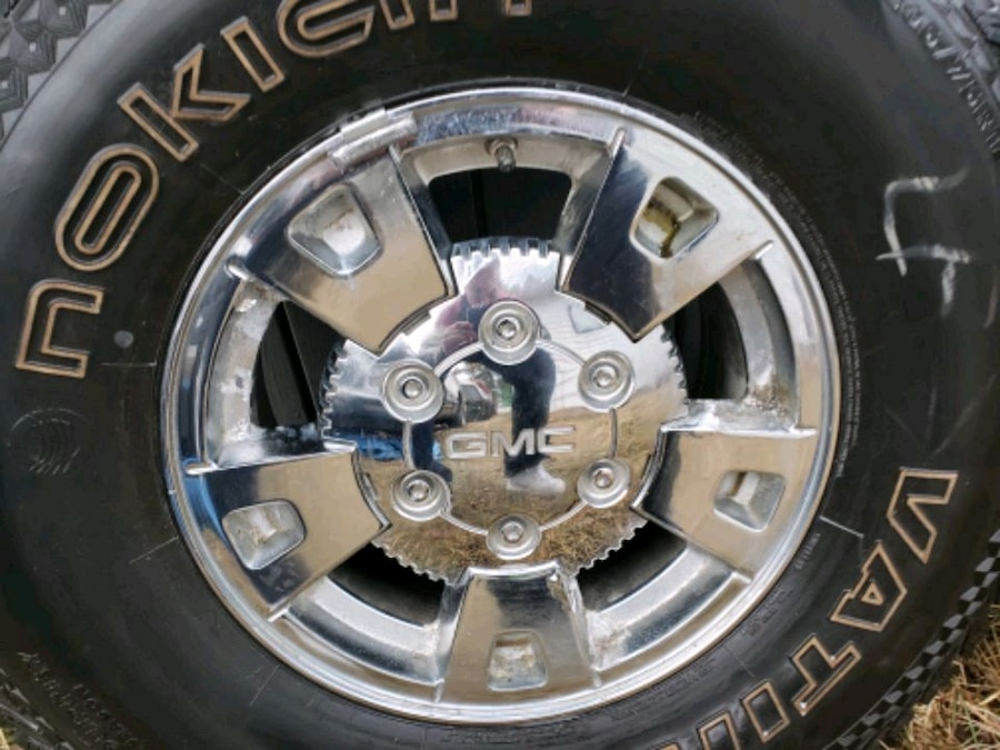 Photo 15 in tires and rims