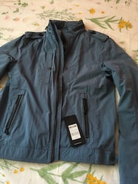 Hugo Boss jacket Large  3759 km