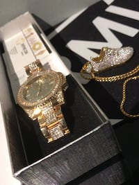 Iced out watch and necklace pendant Ottawa, K4B 1M8