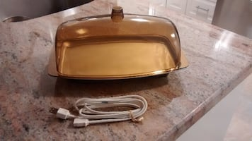 Vintage Cornwall Bun Warmer - like new!