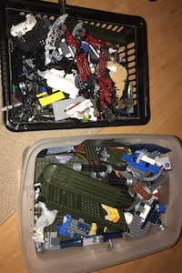 2 containers of misc LEGO.  Oakville, L6L 3X8