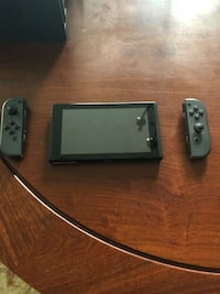 Nintendo Switch with free game price negotiable Leesburg, 20176
