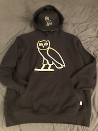 OVO Black and Gold Owl hoodie with matching OVO Black and Gold Owl wool SnapBack hat Toronto, M2J 5H4