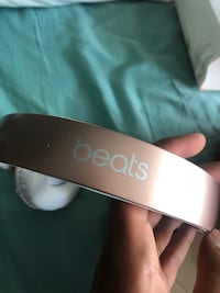 BEATS BY DRE STUDIO 3 (gold color) Calgary, T3G