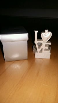 Love candle holder
