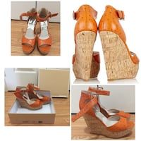 BEAUTIFUL AUTHENTIC MICHAEL MICHAEL KORS Ariana ostrich-effect leather wedge sandals SIZE 8 Toronto, M1X 1S5