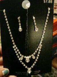 silver chain necklace and earrings Yuma, 85364