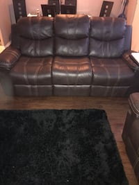 black leather 3-seat recliner sofa Hamilton, L9C 2T7