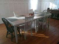 Custom dining room table Anderson, 46011