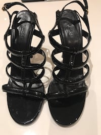 Gucci Patent Leather Strappy Heels 554 km