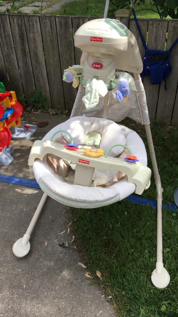 Fisher Price Nature's Touch Cradle Swing