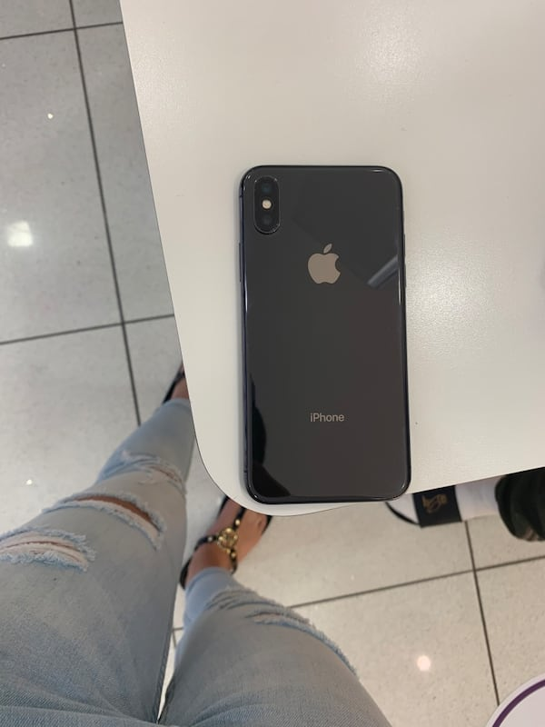 IPHONE SPACE GRAY 64GB 1