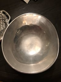 Very large silver bowl Mc Lean, 22102