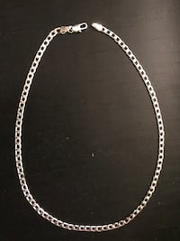 Silver necklace  Mississauga, L5B 1E4