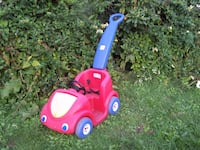 STEP 2 child's car with parent handle to push  Mentor