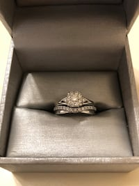 Silver diamond ring in box Guelph, N1E 2L4
