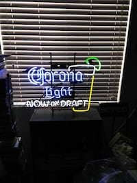 Large Corona Light neon
