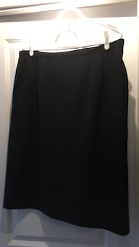 Black skirt Size 18