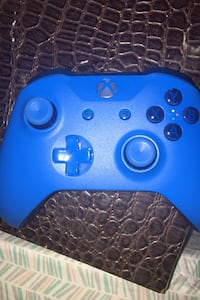 Xbox one blue controller