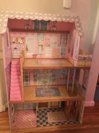 brown wooden 3-storey doll house West Hollywood, 90069