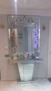 Corridor wall mirror and mirrored table London, NW8
