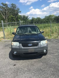 Ford - Escape - 2007 Laurel