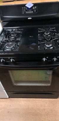 Black Whirlpool Gas Stove  Woodbridge, 22191