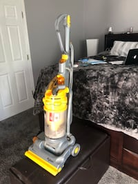 Dyson stand up Vacuum Cleaner inc all attachments MSRP $500.  Works perfect Demo included w Sale Rockville, 20851