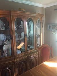 Buffet/Hutch table Laval, H7T 2G1