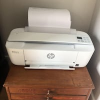 White and gray hp deskjet printer Niagara Falls, L2G 3Y6