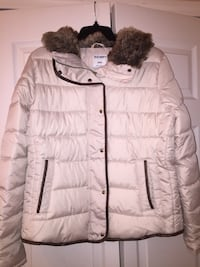 Quilted coat with faux fur collar Sterling Heights, 48312