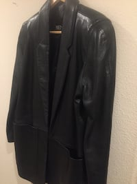 Black leather zip-up jacket San Diego, 92129