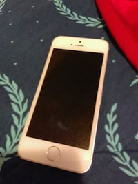 gold iPhone 6 with case Evansville, 47710