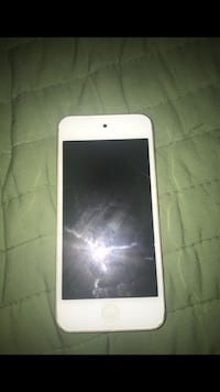 white iPod touch 5th gen Los Angeles, 90002