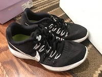Nike snickers size 7 New Carrollton, 20784