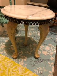 Italian marble side table. Unusual and adorable18x14w