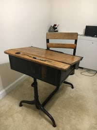 brown wooden desk with chair 31 km
