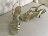 Gold color sandals Clive, 50325