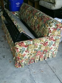 green, red, and white floral sofa Columbus, 43220