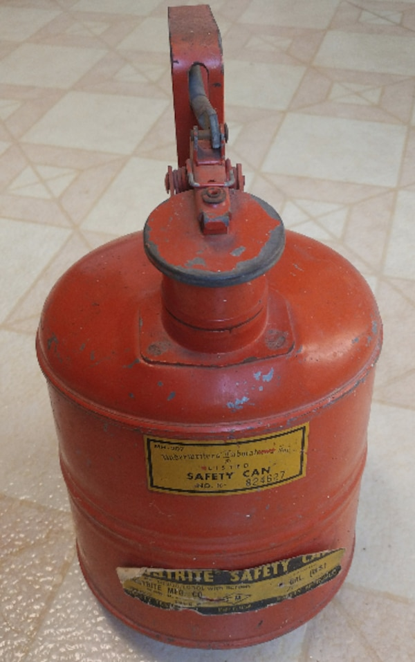 Safety Gas Can >> Justrite Vintage Antique Safety Gas Can