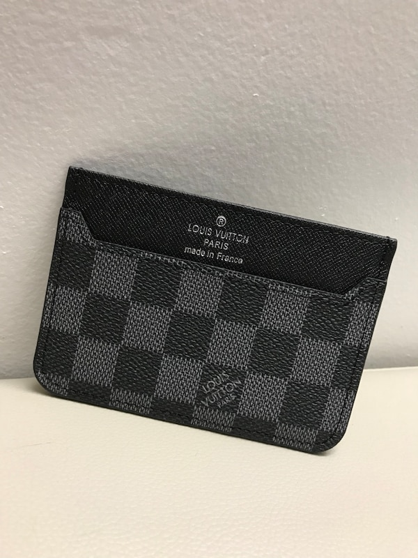 d70bcc342e89 Used Louis Vuitton Card Holder LV for sale in Toronto - letgo