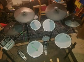 Drums Alesis DM8